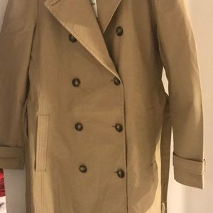 Gap puffed sleeve trench coat